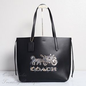 NWT Coach Tote with Chelsea Animation in Black